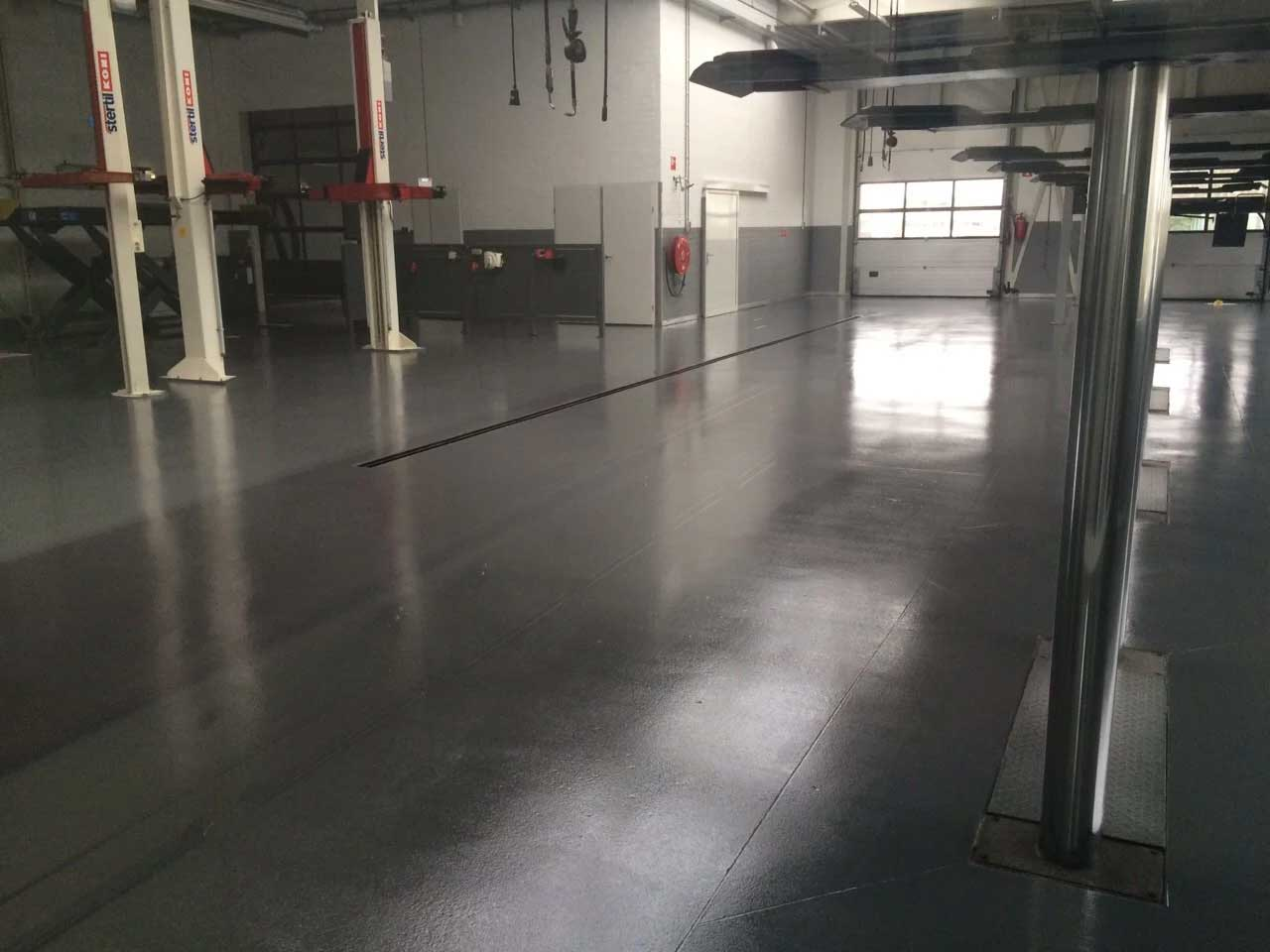 Coatingvloer autogarage